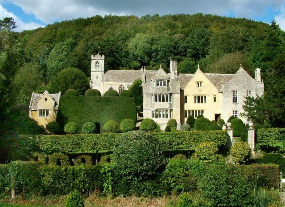 Owlpen Manor Garden Iain Stewart