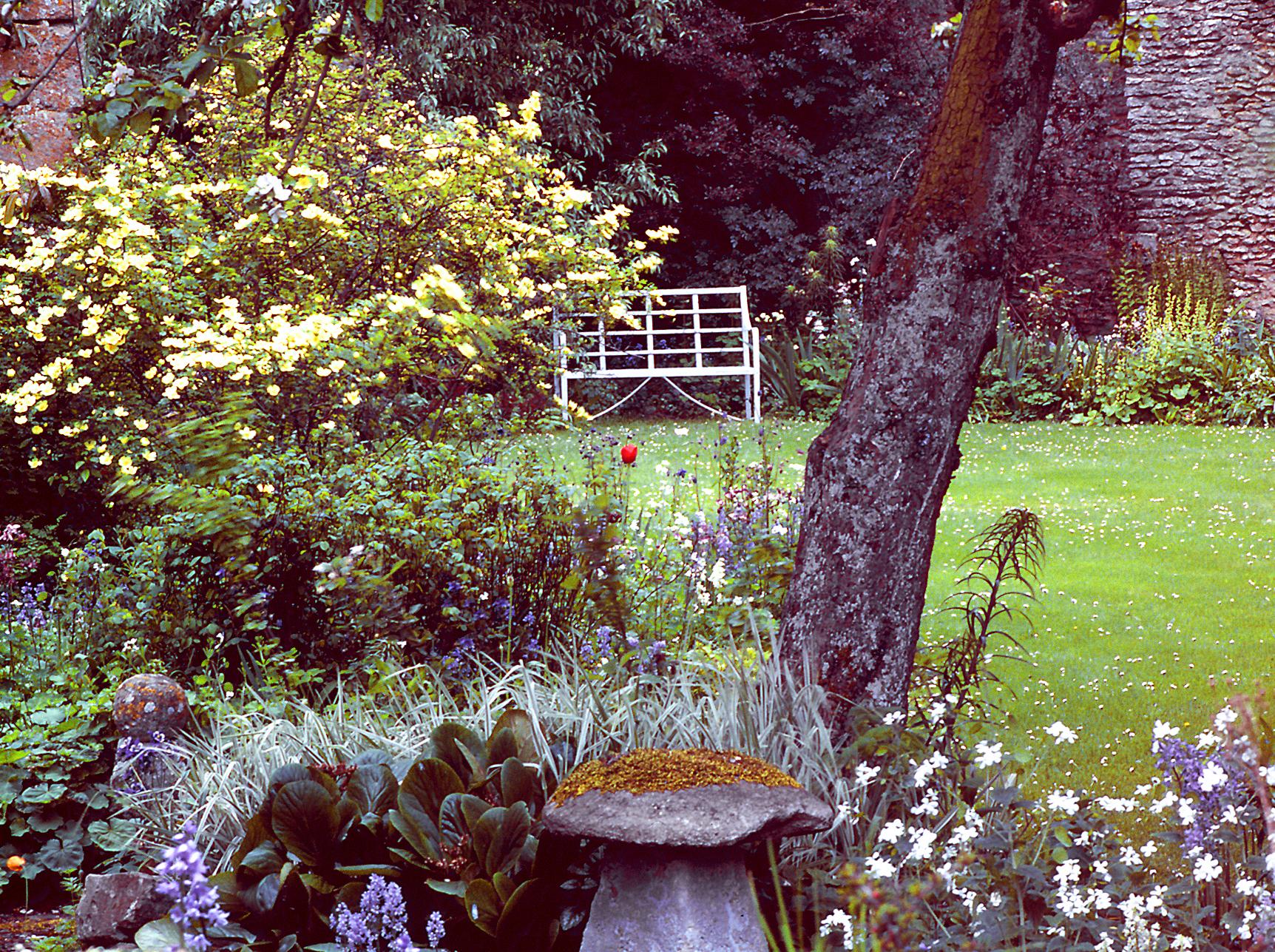 Filkins Garden Gardenvisit.com