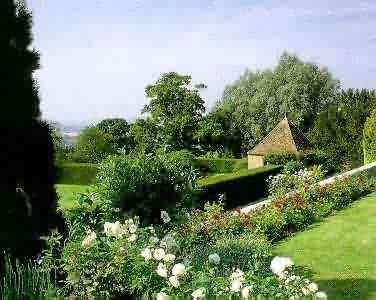 http://www.gardenvisit.com/assets/madge/milt/original/milt_original.jpg