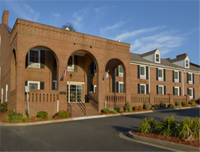 Baymont Inn and Suites Richmond