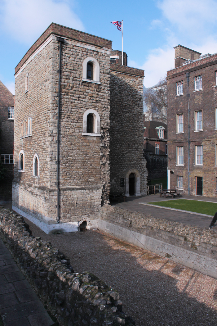 Westminster Palace Jewel Tower Garden
