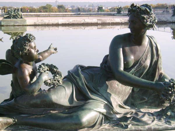 Statues, Chateau de Versailles