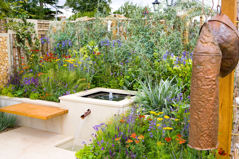 http://www.gardenvisit.com/assets/madge/selina_botham_design/600x/selina_botham_design_600x.jpg