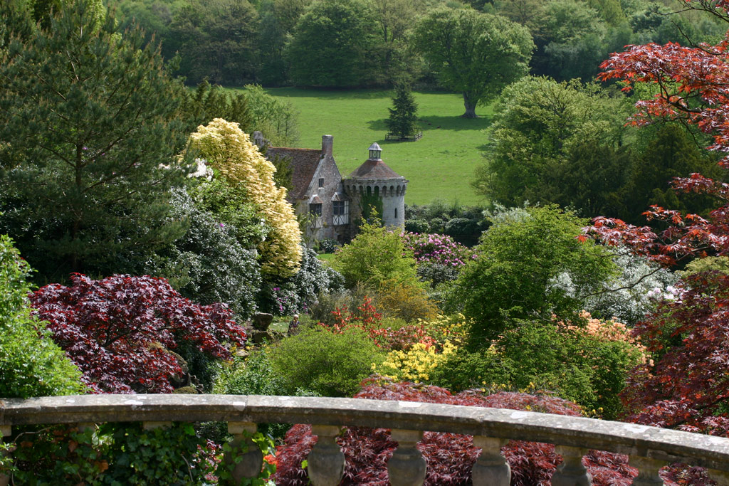 Scotney Castle Garden, May 2009