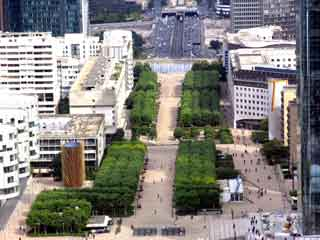 La defense landscape2