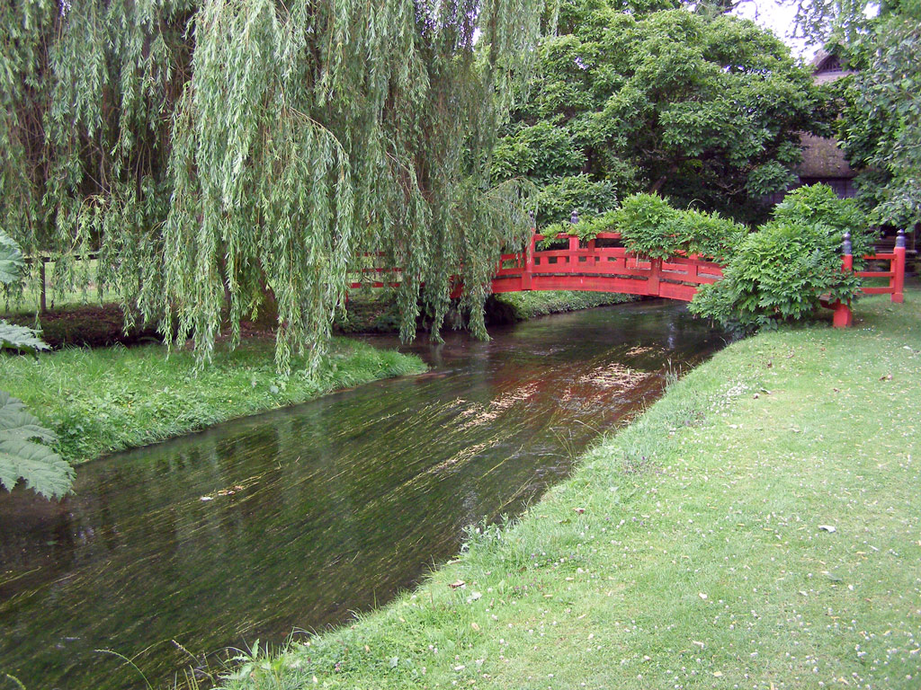 Nikko Bridge, Heale Garden