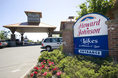 Howard Johnson Hotel & Suites Victoria